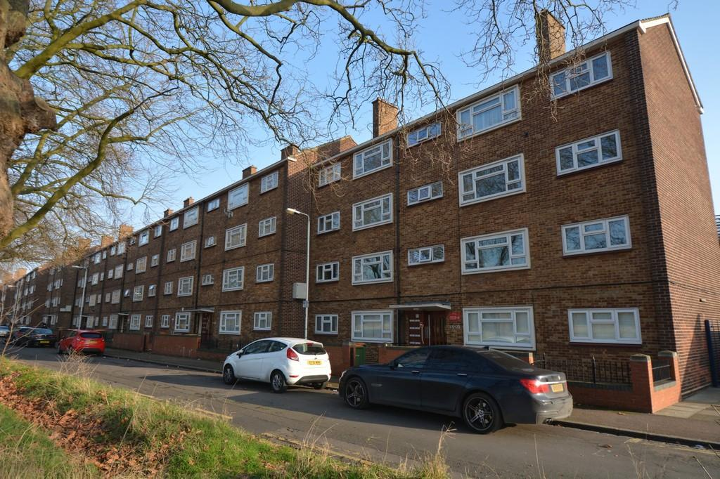 1 Bedroom Flat for sale in Forest View Road, Manor Park
