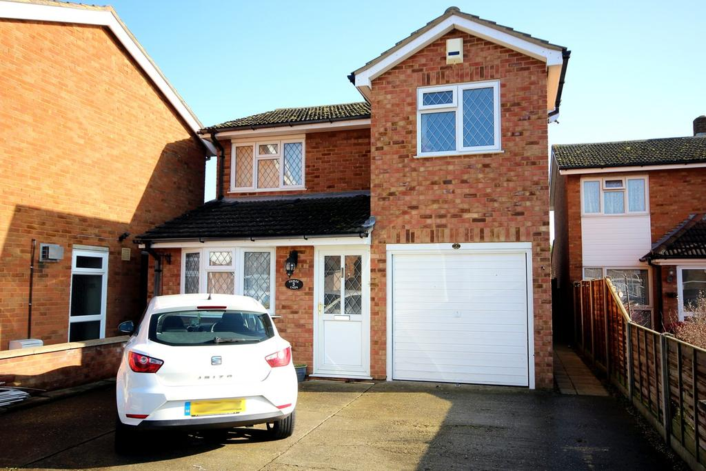 4 Bedrooms Detached House for sale in St Johns Road, Arlesey, SG15