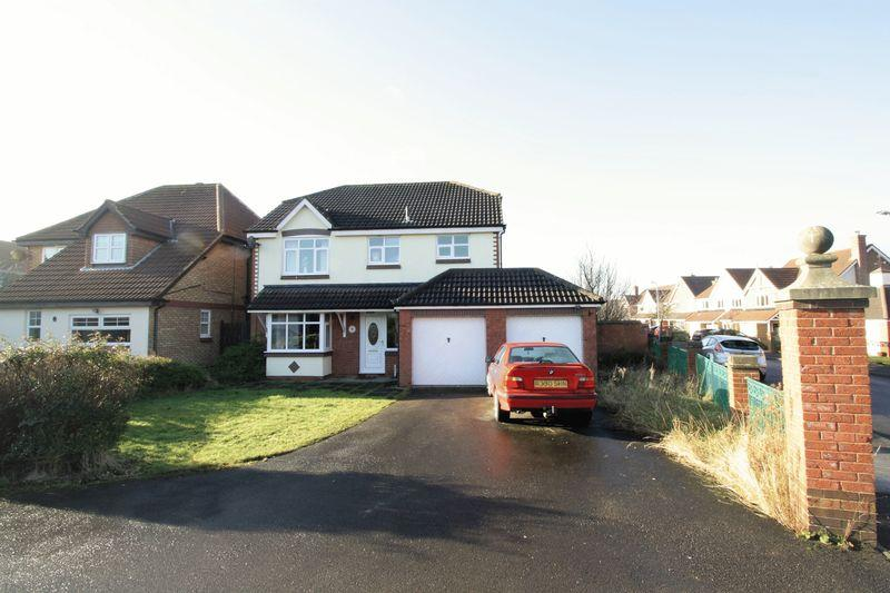 4 Bedrooms Detached House for sale in Ash Green, Coulby Newham, Middlesbrough, TS8 0UW