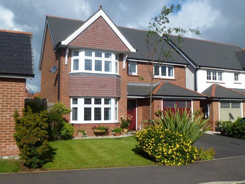 4 Bedrooms Detached House for sale in Bolingbroke Lane, Widnes