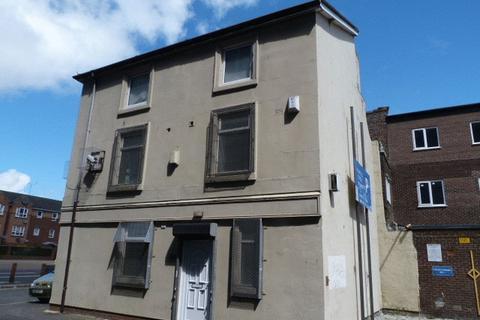 Studio to rent - 24 Pownall Square, Liverpool