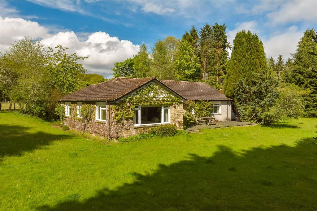 3 Bedrooms Detached Bungalow for sale in Greystones, Boat Of Murthly, Dunkeld, Perthshire, PH8