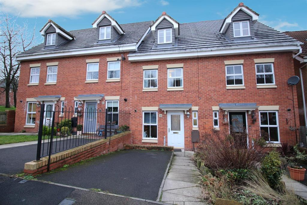 3 Bedrooms Town House for sale in Rosebud Close, Swalwell, Newcastle Upon Tyne