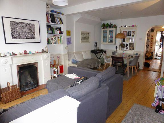 2 Bedrooms Terraced House for sale in Springbourne, Bournemouth