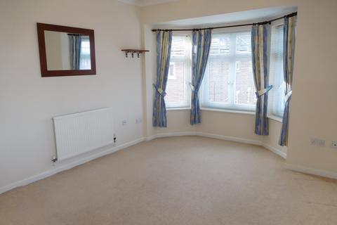 2 bedroom flat to rent - Turnberry, West Monkseaton, Tyne & Wear NE25