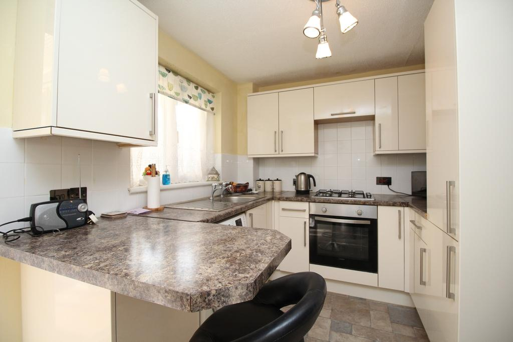 2 Bedrooms Terraced House for sale in Ravenswood, Titchfield Common