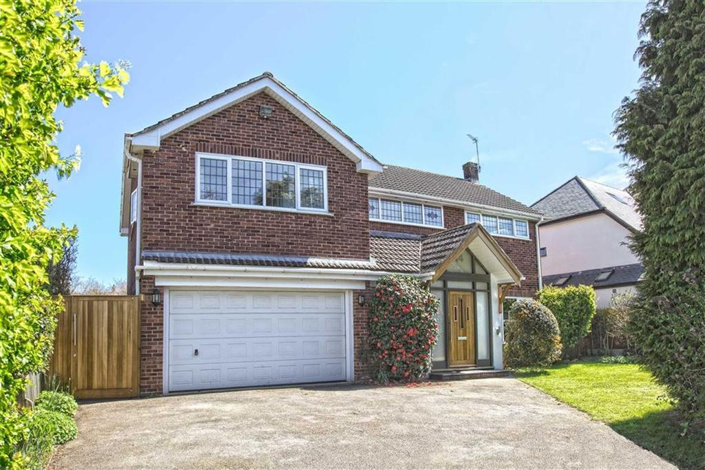 4 Bedrooms Detached House for sale in Cloister Way, Leamington Spa