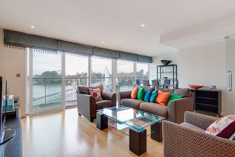 2 bedroom flat to rent - Centurion building, Chelsea Bridge Wharf, Queenstown road, London SW8