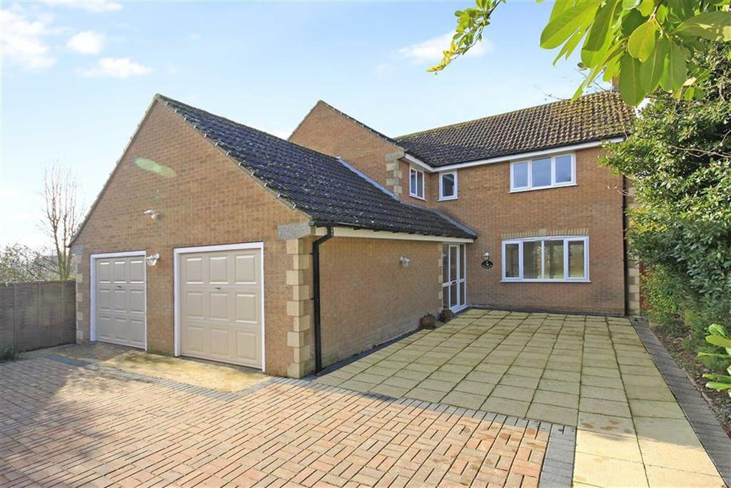 4 Bedrooms Detached House for sale in Dovecote Close, Barrowden, Rutland