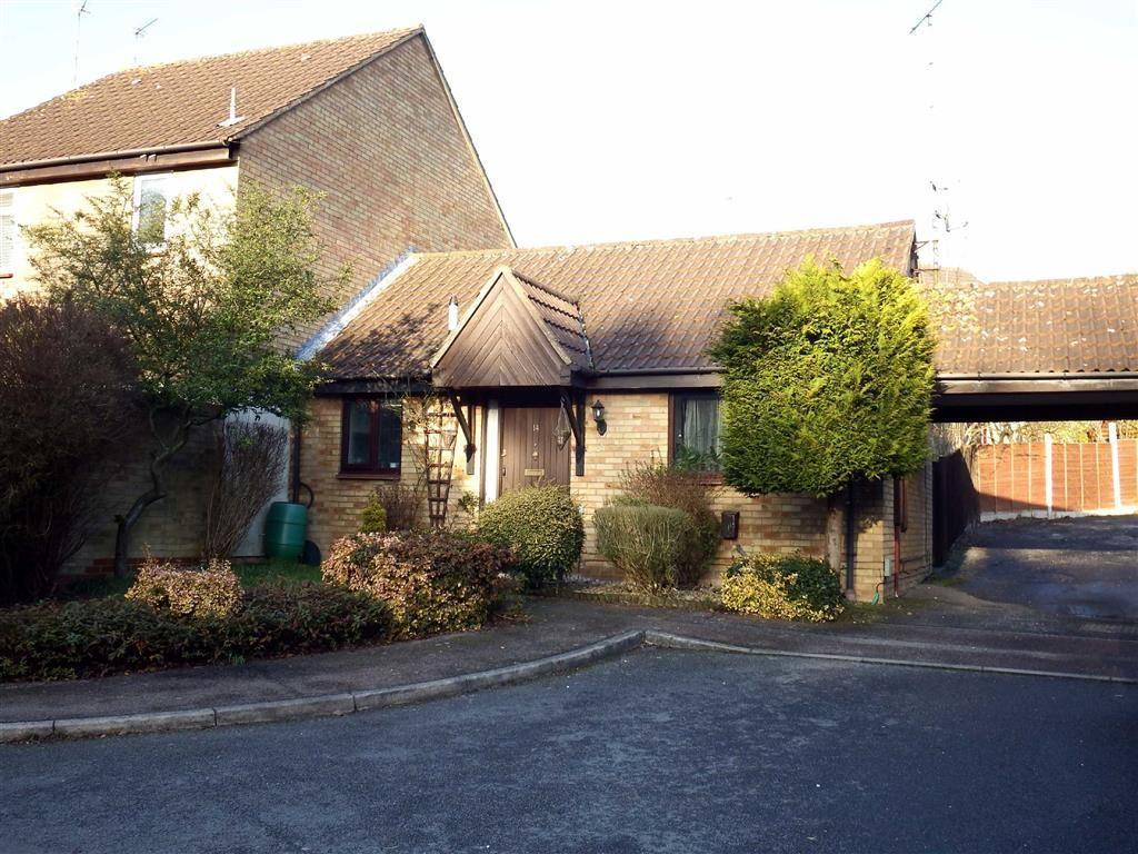 1 Bedroom Semi Detached Bungalow for sale in Beane Walk, Stevenage, Hertfordshire, SG2