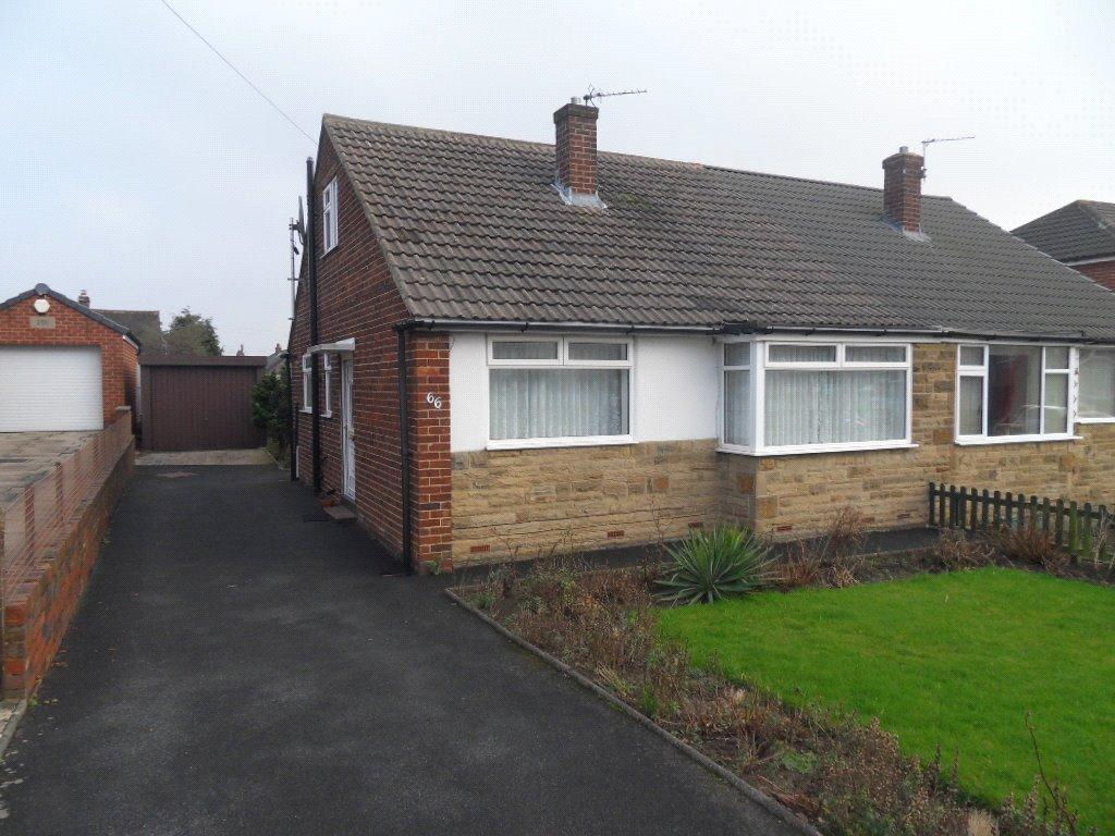 2 Bedrooms Semi Detached Bungalow for sale in Coniston Road, Dewsbury, West Yorkshire, WF12