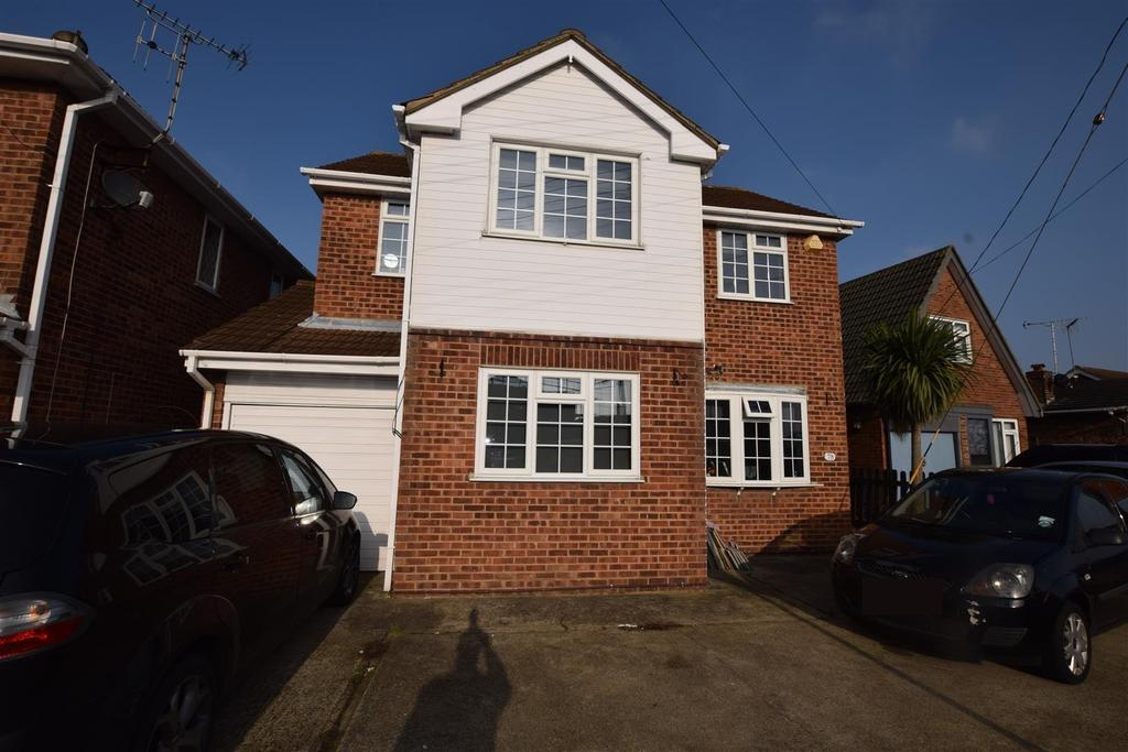 4 Bedrooms Detached House for sale in Mornington Road, Canvey Island