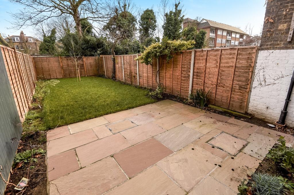 5 Bedrooms Semi Detached House for sale in Wickham Road Brockley SE4