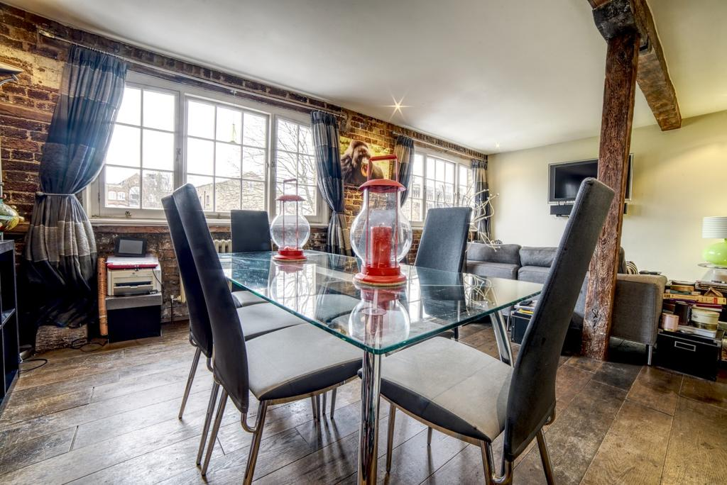 2 Bedrooms Flat for sale in Morocco Store, Leathermarket Street, SE1