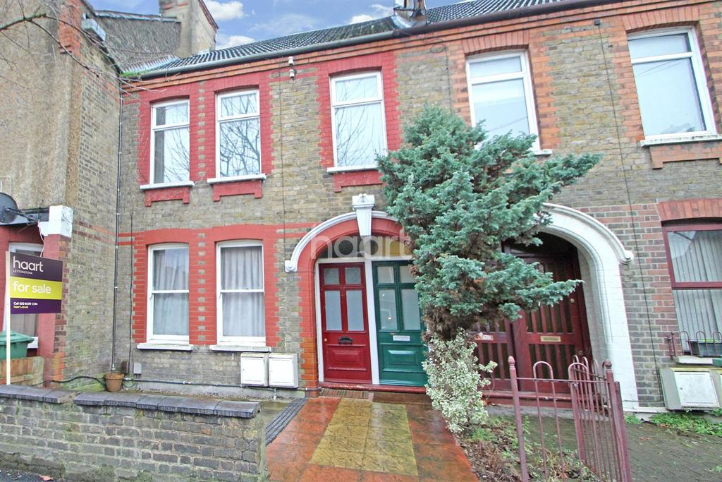 2 Bedrooms Flat for sale in Perth Road, Leyton