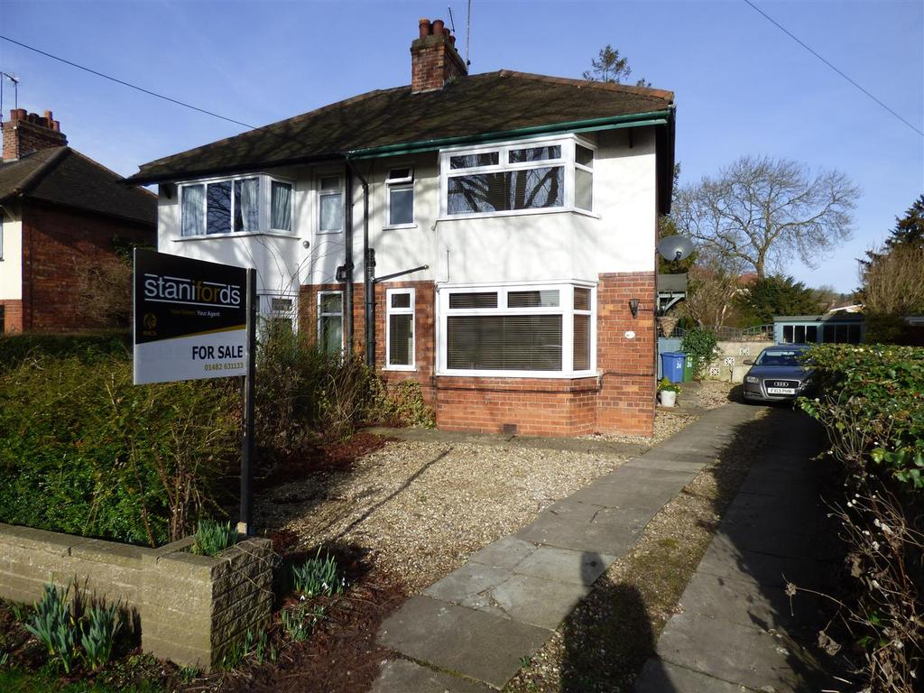 3 Bedrooms Semi Detached House for sale in New Walk, North Ferriby