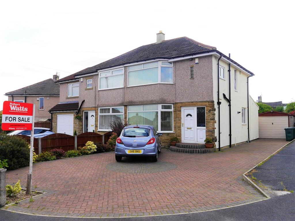 3 Bedrooms Semi Detached House for sale in Enfield Drive, Wibsey, Bradford, BD6 3HZ