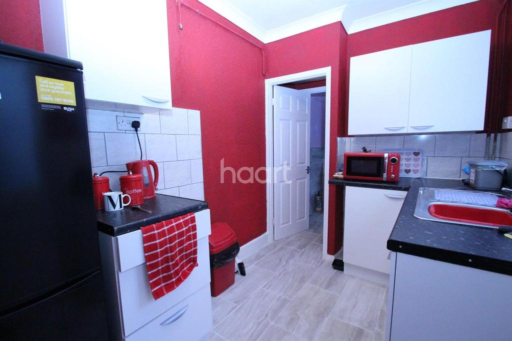 3 Bedrooms Terraced House for sale in Morris Street, Peterborough