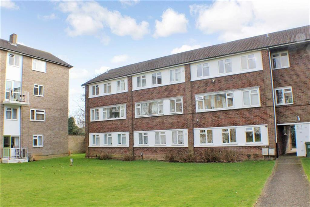 2 Bedrooms Flat for sale in The Ridgeway, St Albans, Hertfordshire