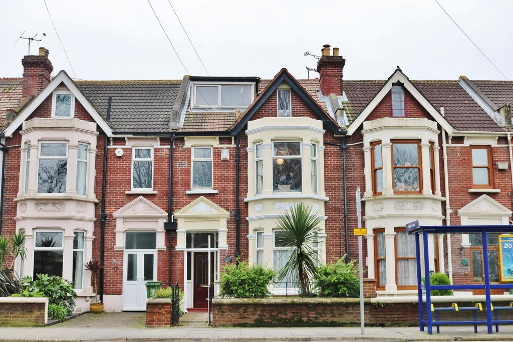 5 Bedrooms Semi Detached House for sale in Northern Parade, Portsmouth