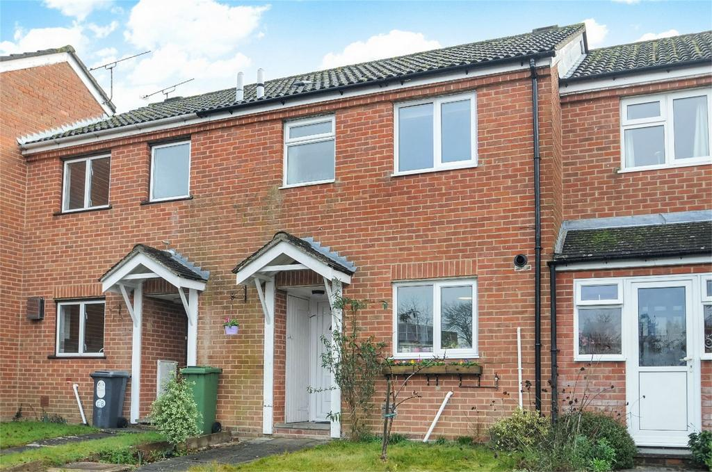 2 Bedrooms Terraced House for sale in Colden Common, Winchester, Hampshire