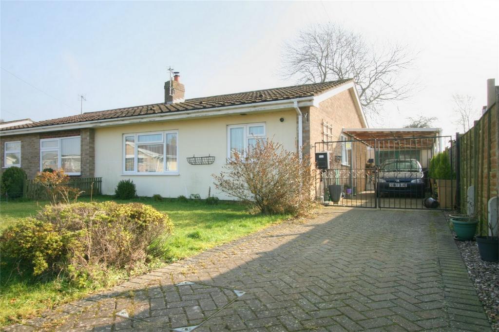 2 Bedrooms Semi Detached Bungalow for sale in Dorset Close, ATTLEBOROUGH, Norfolk