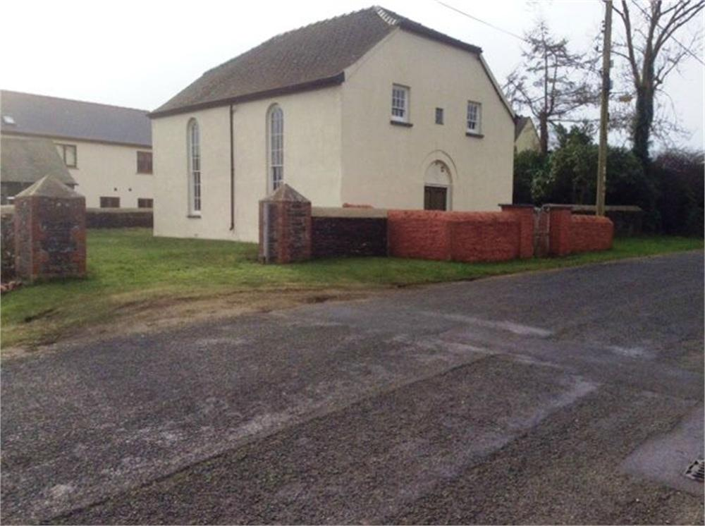 3 Bedrooms Detached House for sale in Capel Sion (Sion Chapel), Chapel Road, Dwrbach, Scleddau, Fishguard, Pembrokeshire