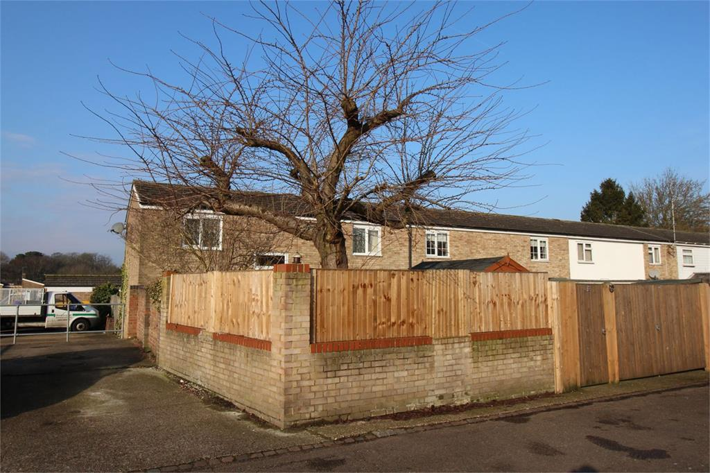 3 Bedrooms End Of Terrace House for sale in Derby Way, Stevenage, Hertfordshire, SG1 5TH