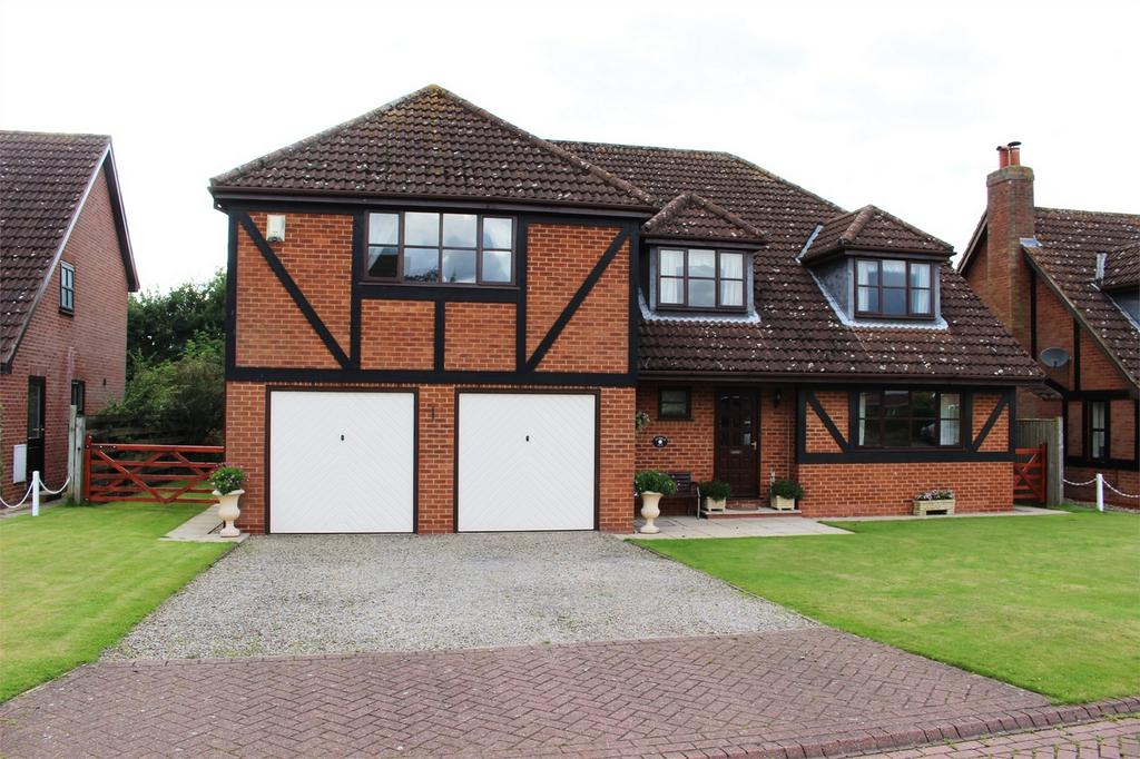 5 Bedrooms Detached House for sale in 10 Park Close, Melbourne, York