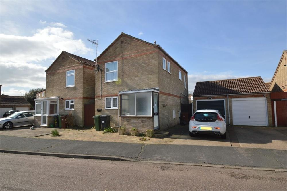3 Bedrooms Detached House for sale in Peyton Close, Langney Point, East Sussex
