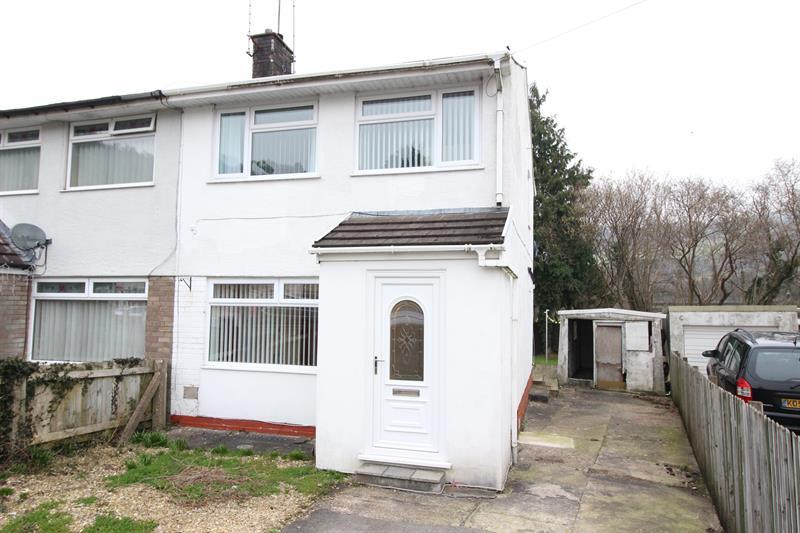 3 Bedrooms Semi Detached House for sale in Garden Close, Llanbradach, Caerphilly