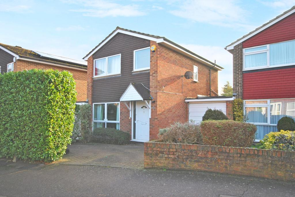 3 Bedrooms Link Detached House for sale in Powster Road BR1