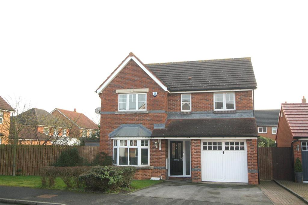 4 Bedrooms Detached House for sale in Redruth Drive, Darlington