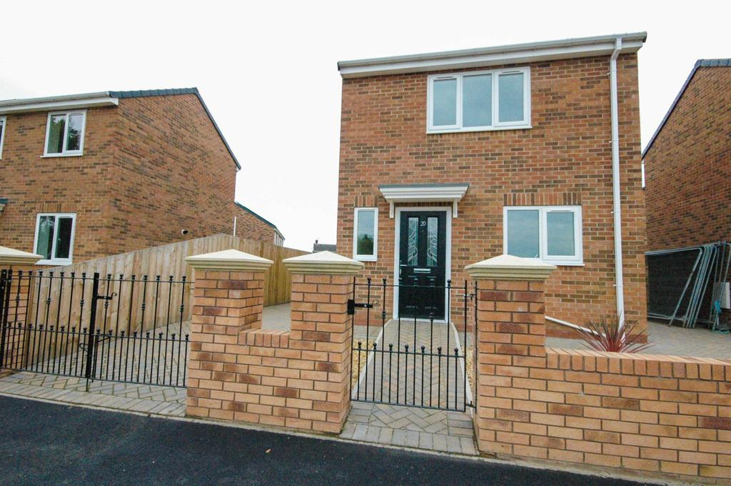 3 Bedrooms Detached House for sale in Rockingham Road, Redhouse