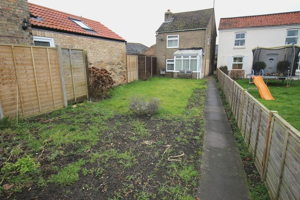 2 Bedrooms Detached House for sale in Mill Corner, Soham