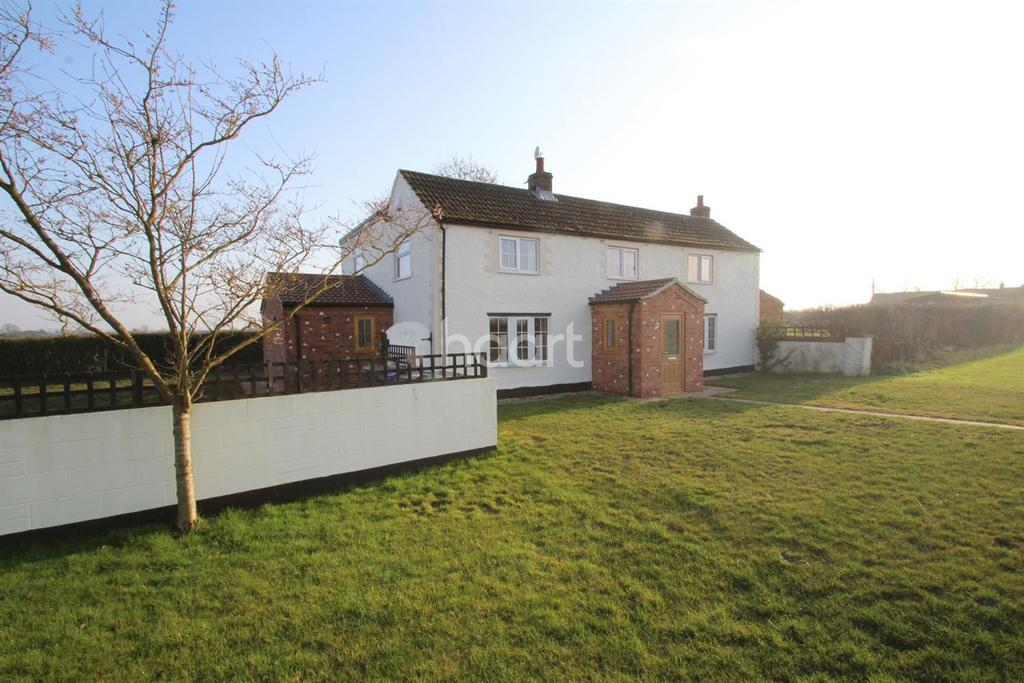 4 Bedrooms Detached House for sale in Brandywharf Road, Waddingham, Gainsborough, DN21