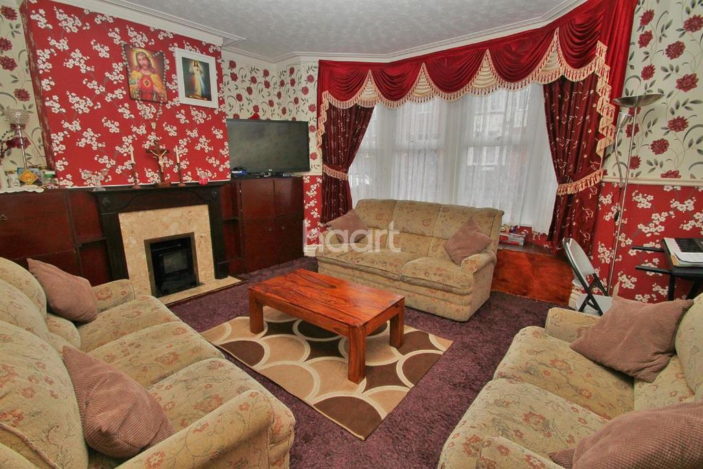 3 Bedrooms Terraced House for sale in Westborough Road, Westcliff