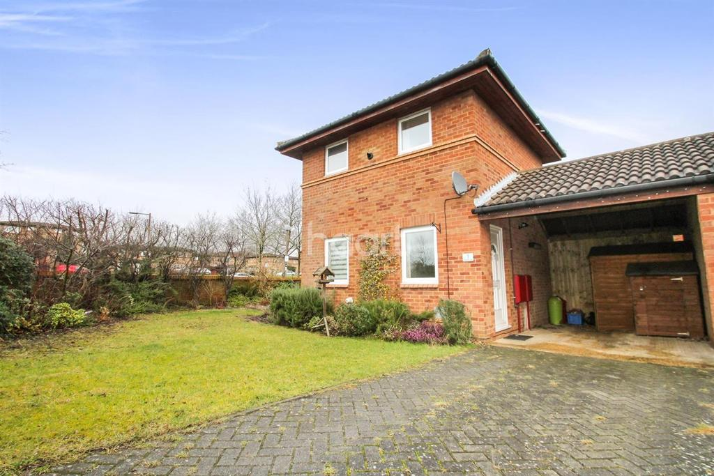 1 Bedroom End Of Terrace House for sale in Bradwell Common