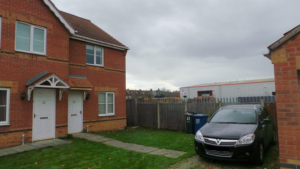 2 Bedrooms Semi Detached House for sale in Riverside Approach, Gainsborough