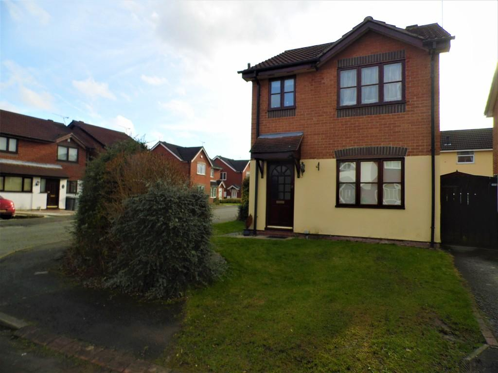 3 Bedrooms Detached House for rent in Kestrel Drive, Crewe