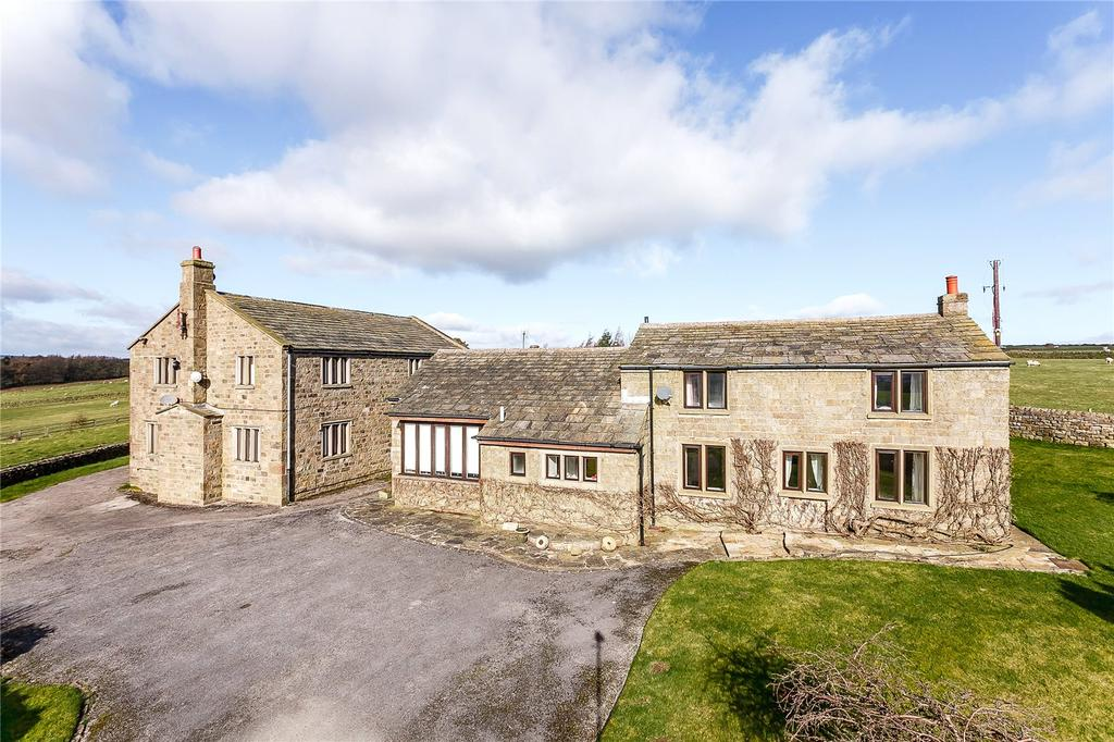 3 Bedrooms Detached House for sale in Weston Moor Road, Weston, Otley, West Yorkshire