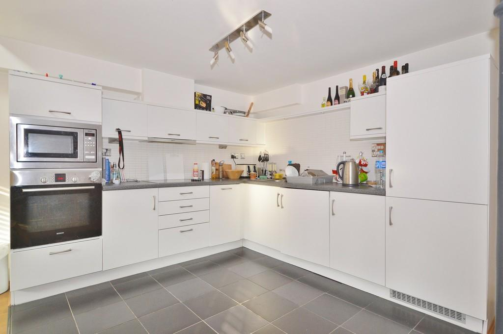 2 Bedrooms Apartment Flat for sale in High Street, Mistley, Manningtree