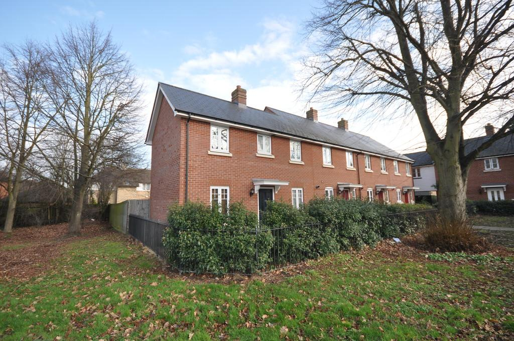 2 Bedrooms End Of Terrace House for sale in Salamanca Way, Colchester