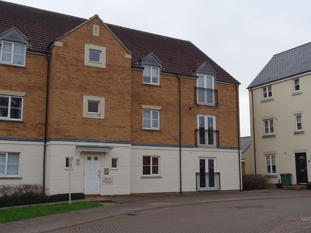 1 Bedroom Flat for sale in Staverton, Trowbridge
