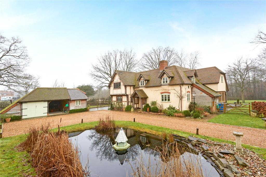 5 Bedrooms Unique Property for sale in Lower Church Road, Sandhurst, Berkshire, GU47
