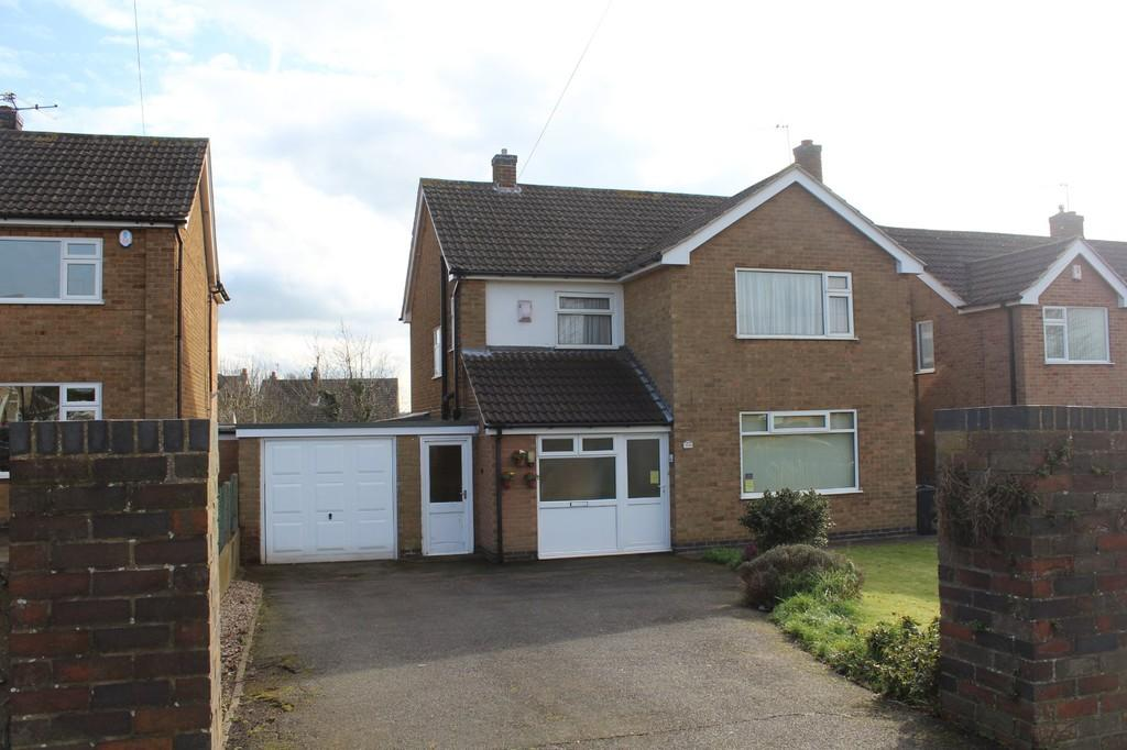 4 Bedrooms Detached House for sale in Holywell Drive, Loughborough