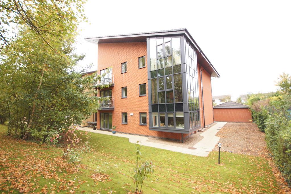 3 Bedrooms Penthouse Flat for sale in Manton Road, Lincoln