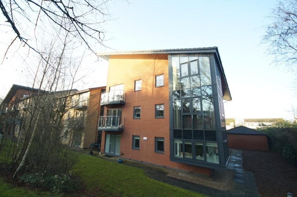 3 Bedrooms Apartment Flat for sale in Manton Road, Lincoln