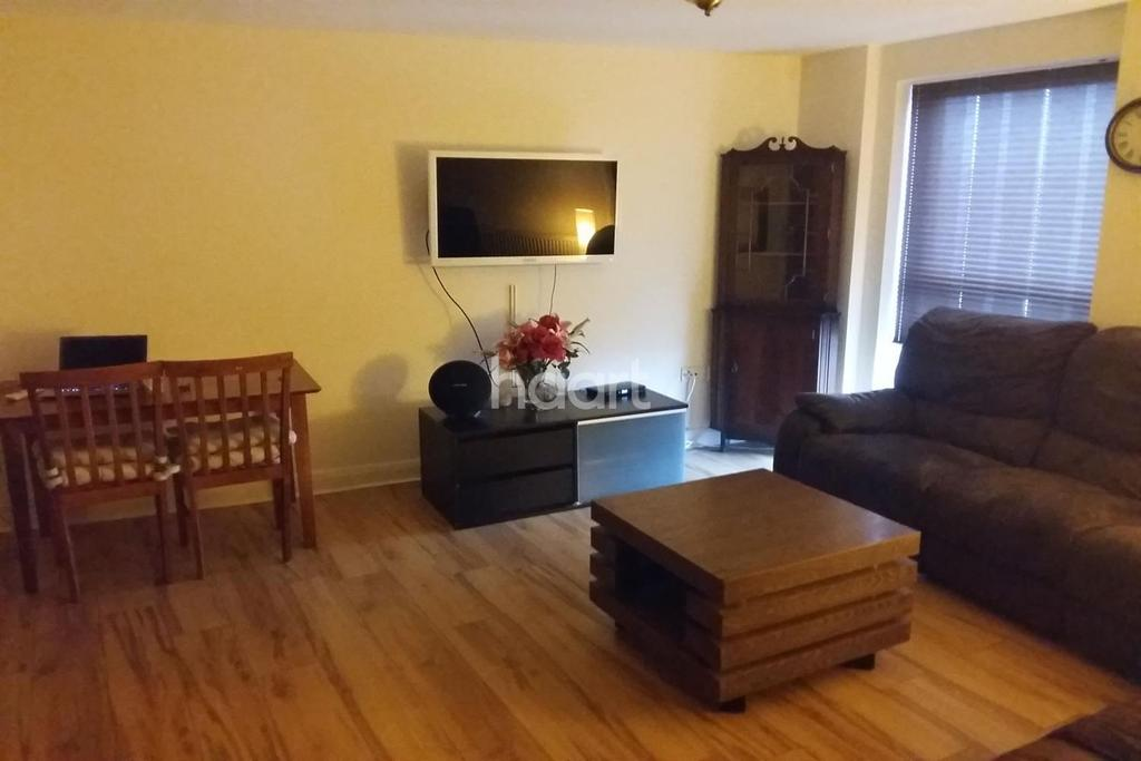 3 Bedrooms Flat for sale in City House, London Road, Croydon, CR0