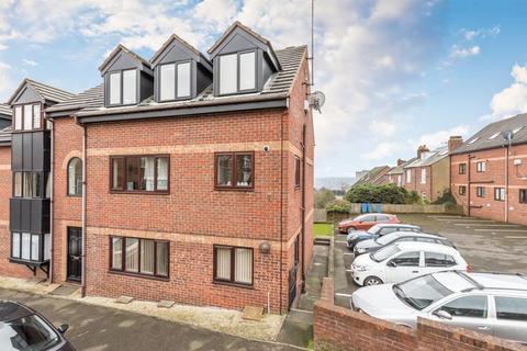 2 bedroom ground floor flat to rent - School Road, Crookes, Sheffield